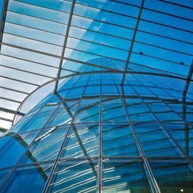 Nowocześnie i oszczędnie, czyli zabudowy szklane