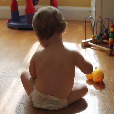 Pchacz – idealna zabawka dla małego dziecka