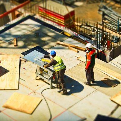 Jaka powinna być solidna firma budowlana?